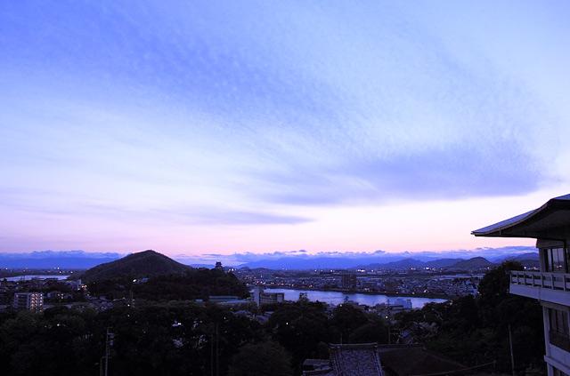 日が暮れる前の風景