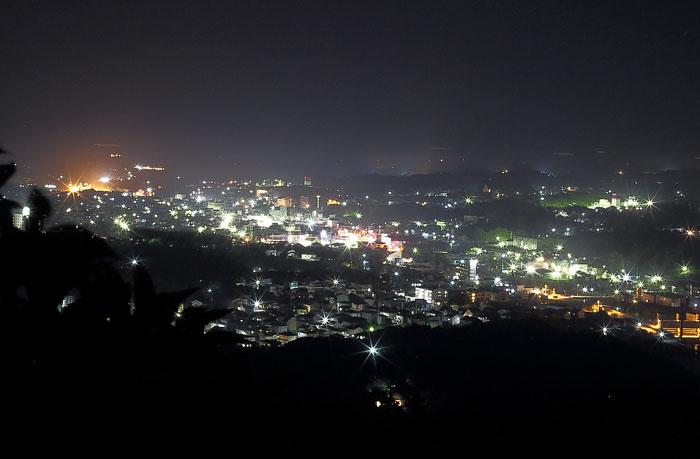 横山展望台からの夜景(志摩市街方面)