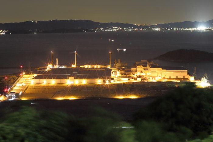 東京製織田原工場の夜景