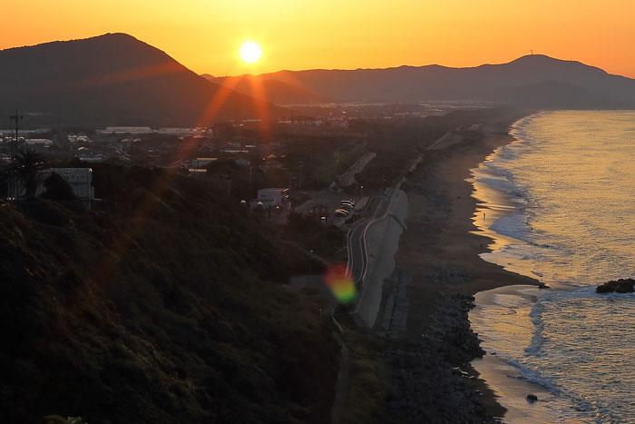 伊良子町と日の出