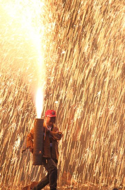 田原祭りの手筒花火