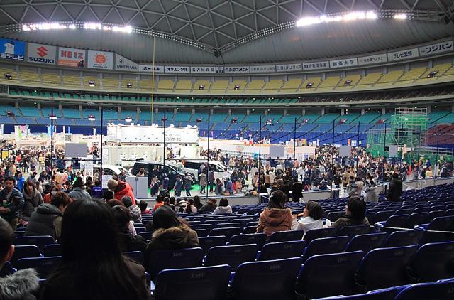 ナゴヤドーム会場内風景