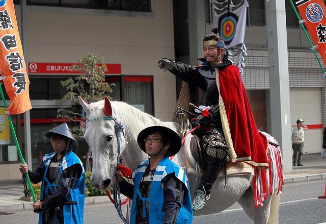 馬に乗った織田信長