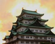 夕暮れ時の名古屋城