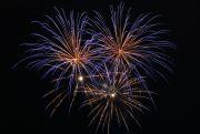 青色の打ち上げ花火