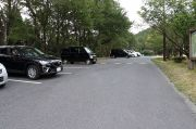 森林交流館の駐車場