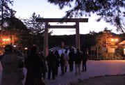 夜明け前の伊勢神宮