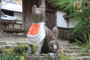 稲荷神社の狐の石像