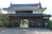 鍮石門(ちゅうじゃくもん)