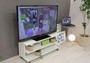 大型テレビとテレビ台