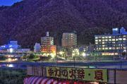 長良川河畔に設置された手力の火祭りの会場