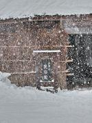 雪降る五箇山民族間